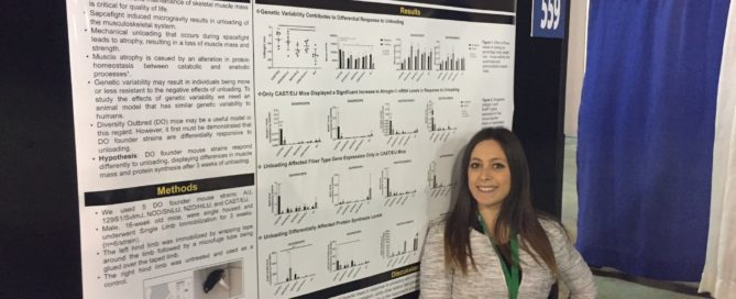 Camilla Reina presenting her research on bone muscle interaction